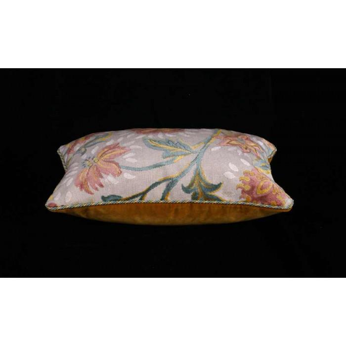 brunschwig fils cut velvet epingle clarence house decorative pillows. Black Bedroom Furniture Sets. Home Design Ideas