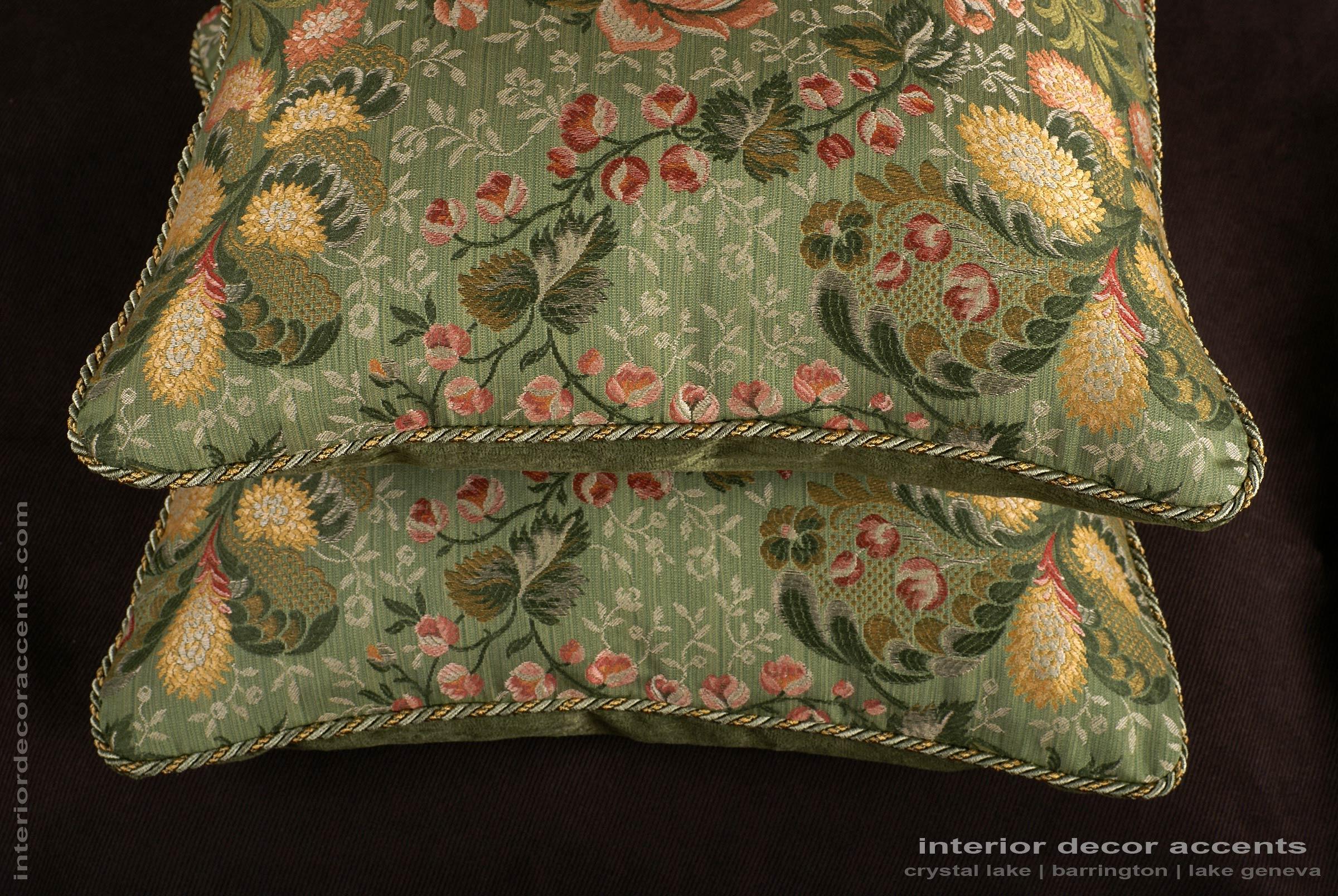 Old World Weavers Brocade Kravet Velvet Elegant Accent